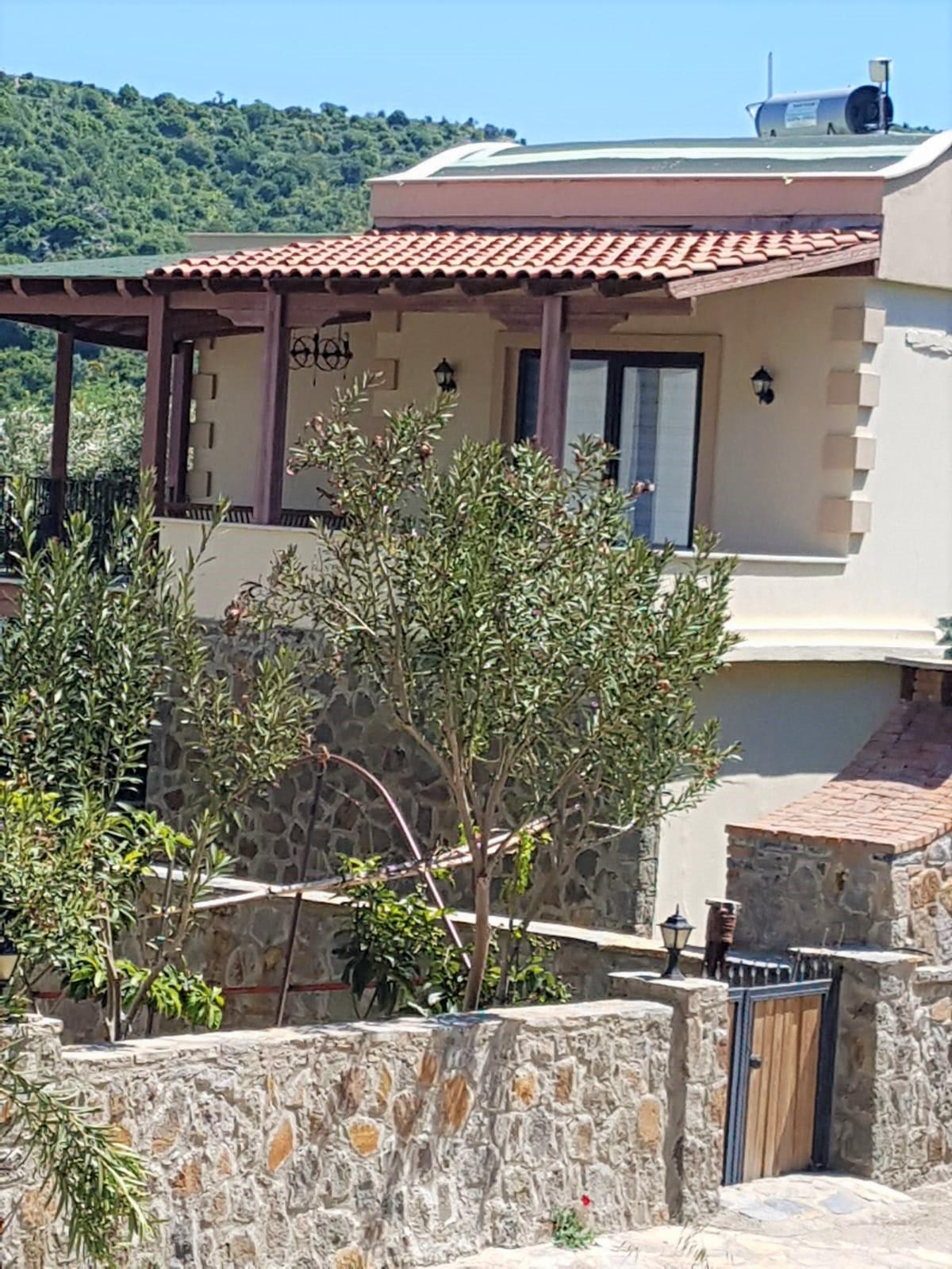 Bodrum Yalıkavak Satılık Müstakil Villa-Deniz Manzaralı-Özel Havuz